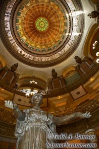 Illinois Capitol Rotunda. © Todd Bannor